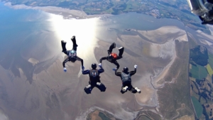 SKY-DIVING-OVER-THE-BAY